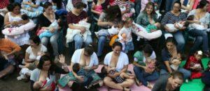Si las tasas de lactancia materna bajan en nuestro país no es por culpa de las mujeres