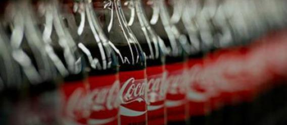 Coca-Cola retira ingrediente de todas sus bebidas