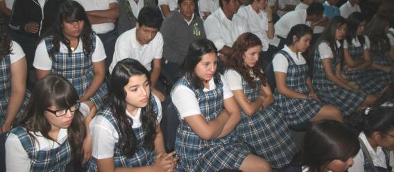 Estudiantes de nivel secundaria son más propensos a padecer obesidad
