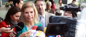 Senadora Marcela Torres pide asignar recursos del impuesto a refrescos para bebederos en escuelas