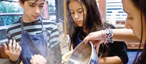 Instalan en una primaria Patio Escolar Comestible