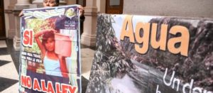 Coca-Cola y Nestlé, entre las grandes beneficiarias de la nueva Ley del agua: oposición