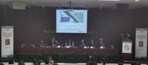 Especialistas en salud pública recomiendan al Senado mexicano aumentar a 20% el impuesto a bebidas azucaradas
