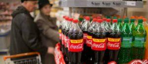 Nuevo estudio independiente lo vuelve a confirmar: tomar refresco no es bueno