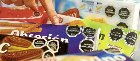 Organizaciones de la sociedad civil nos congratulamos ante la aprobación de la propuesta para un etiquetado de advertencia en productos ultraprocesados