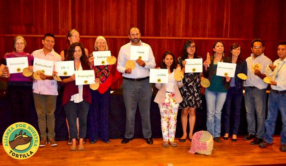 Algunos de los integrantes de la Alianza por Nuestra Tortilla en su presentación pública