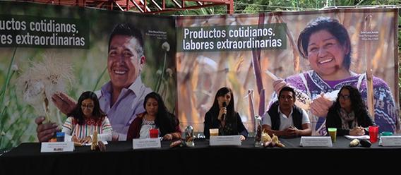 """Productos Cotidianos, Labores Extraordinarias"""" de la Iniciativa Valor al Campesino, que busca acercar a consumidores y familias campesinas"""