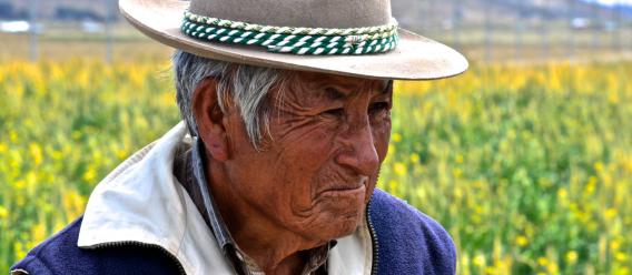 Hombre del campo peruano