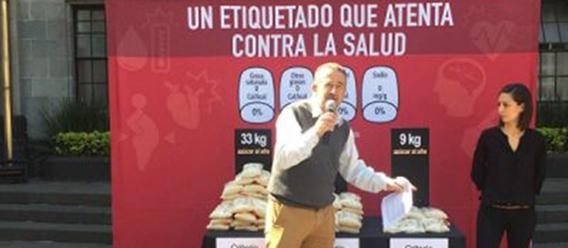 Acción ciudadana frente a la Secretaría de Salud de El Poder del Consumidor contra un etiquetado de productos que atenta contra la salud