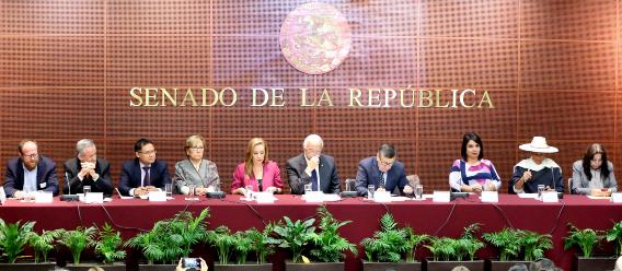 Parlamento abierto sobre etiquetado frontal en el Senado de la República mexicano