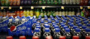 Piden funcionarios y ONGs que impuesto a refrescos sea del 20%