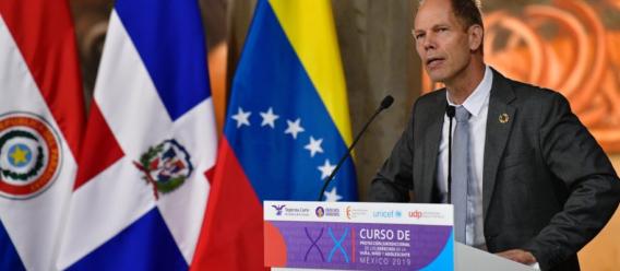 El representante de la UNICEF, Christian Skoog. Foto: Benjamín Flores