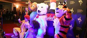 Nestlé obtiene el 'Gran Premio al Cartel de los Abusadores' en la premiación a la publicidad que engancha a niñas y niños de todo el país
